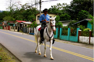 Getting around in Tuis, Turrialba